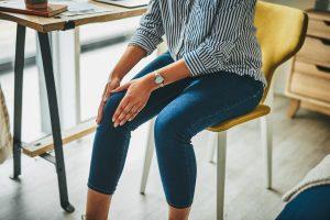 A qué se debe los crujidos de las rodillas al flexionarlas